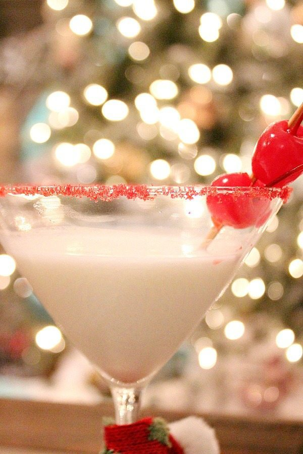 Cheers Very Merry Christmas martini at Refresh Restyle