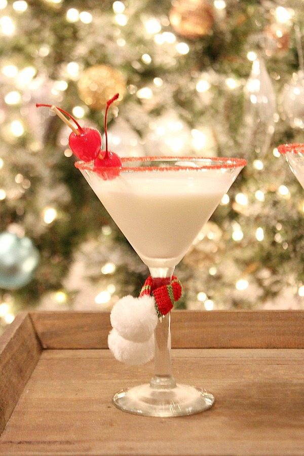 Happy Very Merry Martini at Refresh Restyle