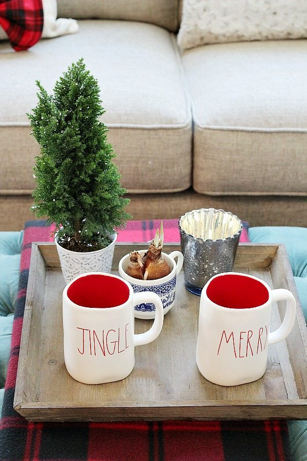 Jingle and Merry refresh restyle Christmas Home Tour