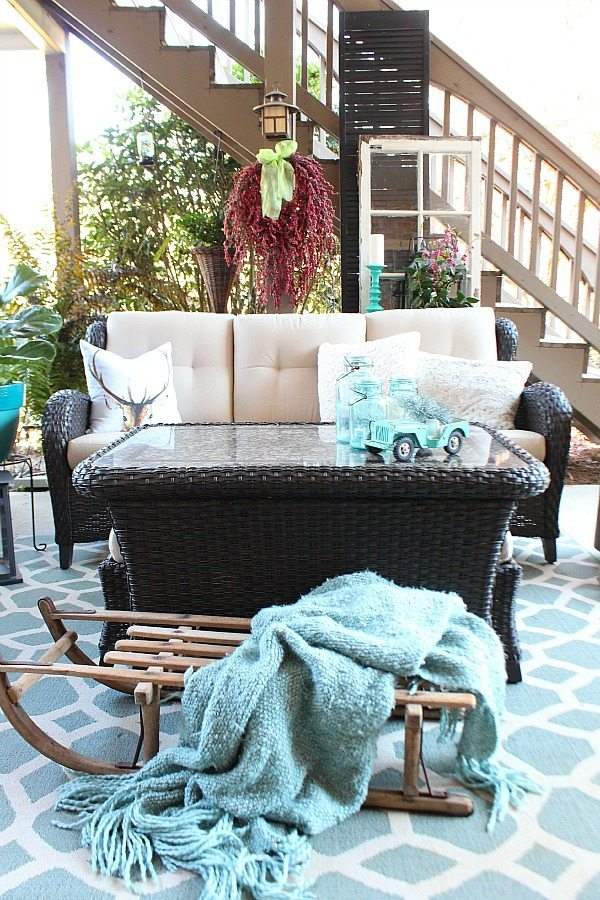 Winter Christmas Mix on the patio at Refresh Restyle