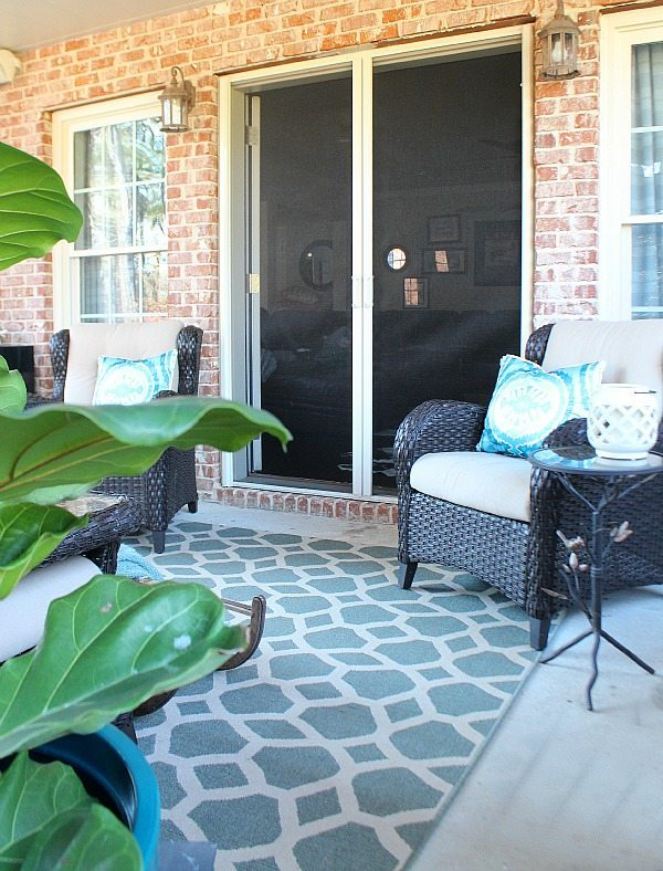 Winter patio at Refresh Restyle