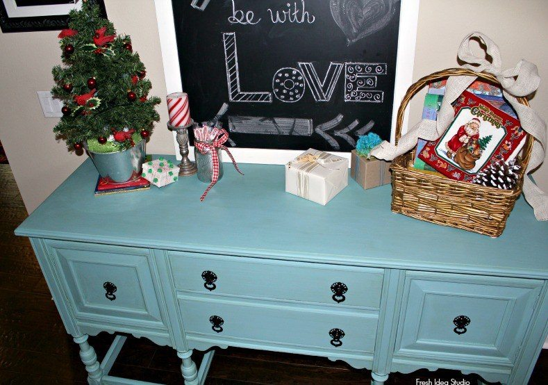Annie Sloan Chalk Paint - Provence-Blue-Buffet-with-orginial-hardware-in-Black-gloss-see-full-makeover-tips-at-Fresh-Idea-Studio