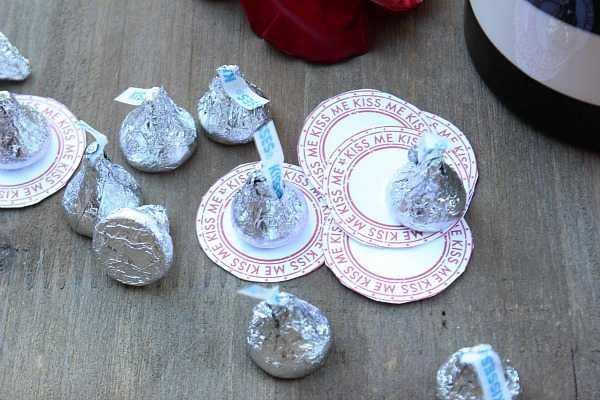Nothing say Happy Valentine's Day like candy kisses - Kiss me Candy kiss coins printable