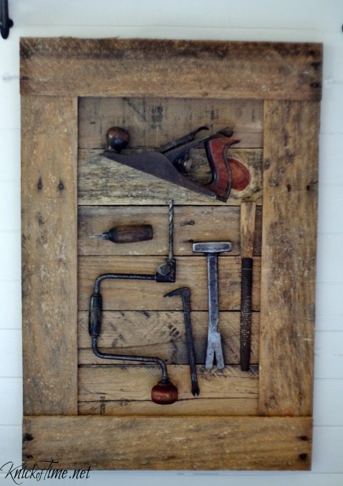 Gorgeous Farmhouse Projects Old-Tools-Display