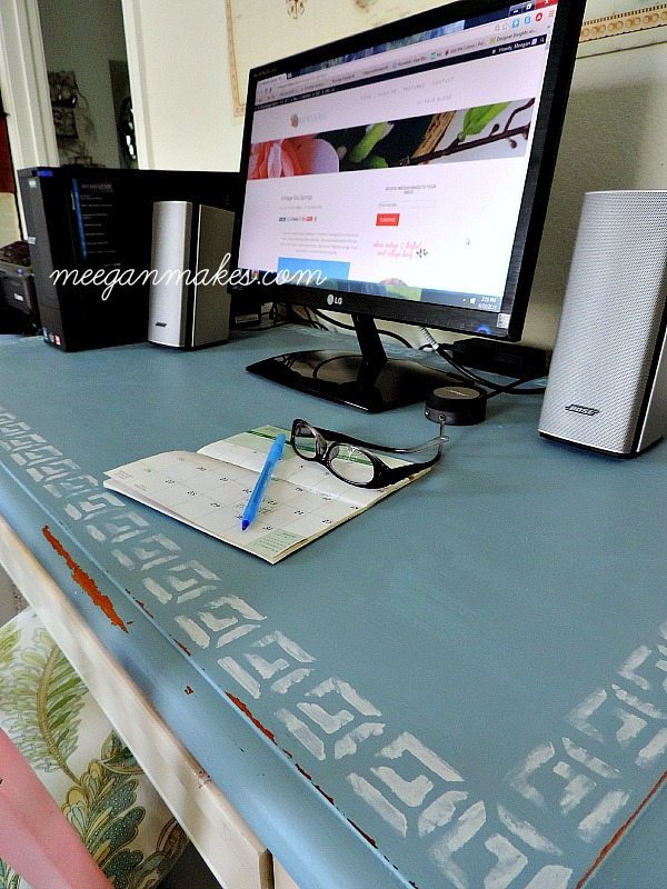 Rustic Desk Makeover from What Meegan Makes