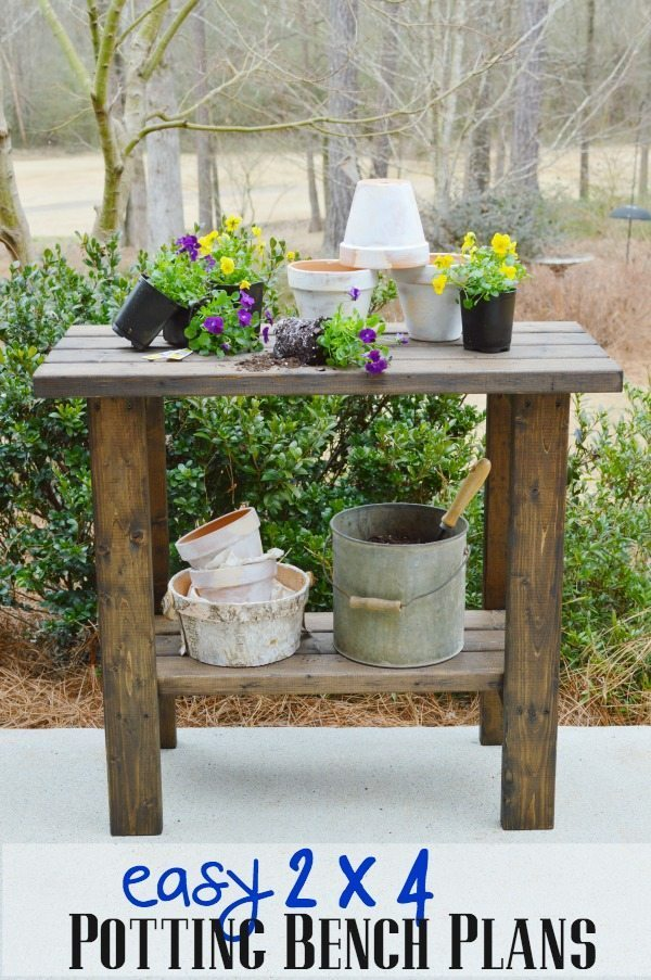 Free woodworking plans to build a potting bench