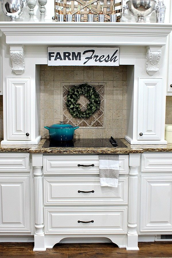 How to make a farm fresh sign the easy way