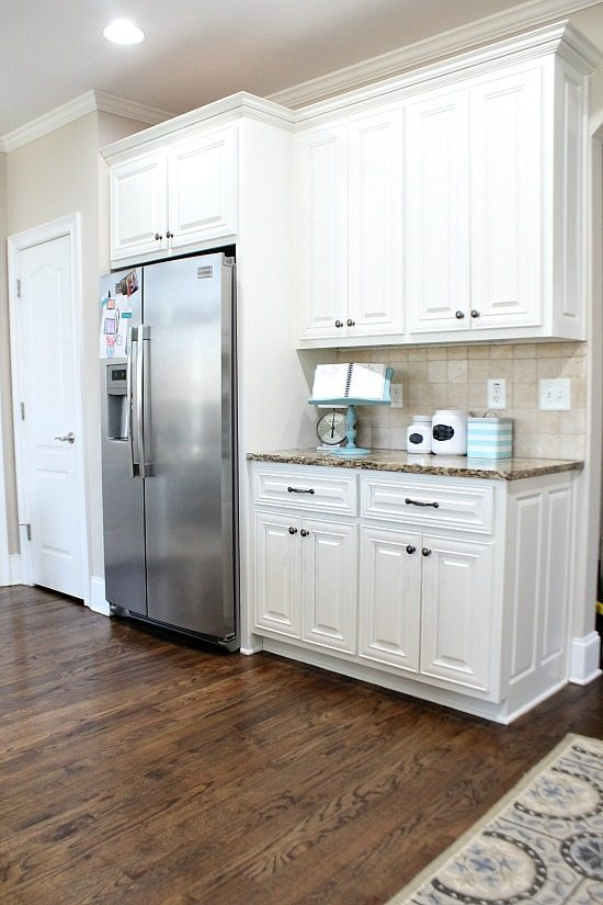 Aquas in the kitchen Refresh Restyle spring home tour
