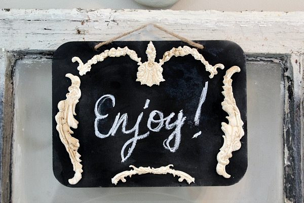 Chalk board make over with IOD Vintage Moulds- Molds and paper clay