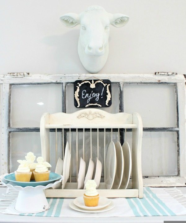 Revive a thrift store plate rack with IOD Vintage Moulds