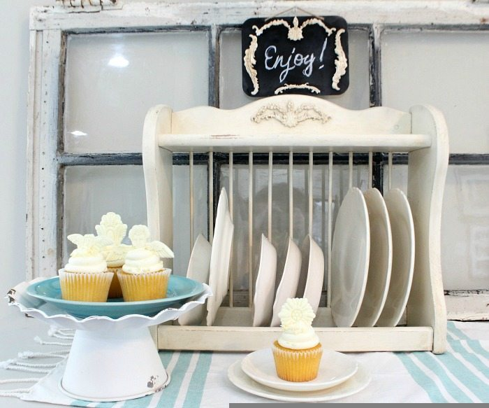 Serving area - Revive a thrift store plate rack