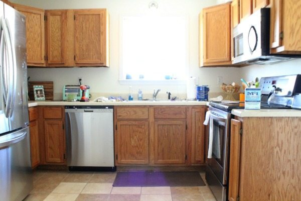 Kitchen cabinets - how to paint - color SW Dover White