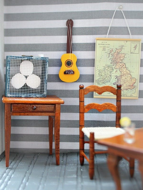 Mini fan guitar for dollhouse at Refresh Restyle