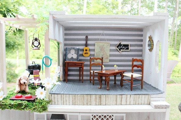 Patio and dining area of the crate dollhouse at Refresh Restyle