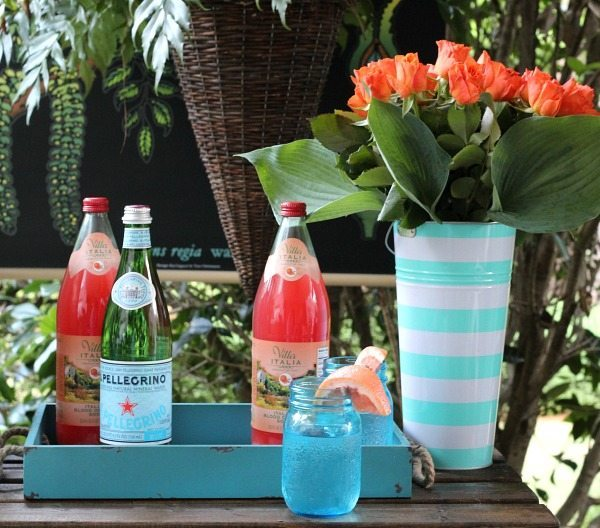 Blues and oranges - Outdoor Entertaining Easy and Affordable