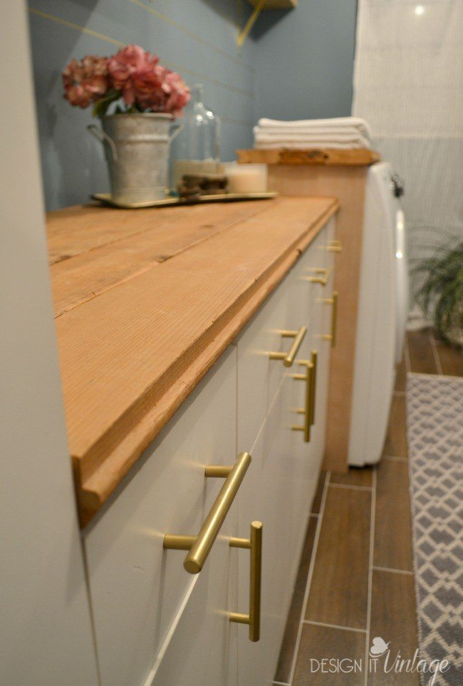 Design It Vintage Laundry Room