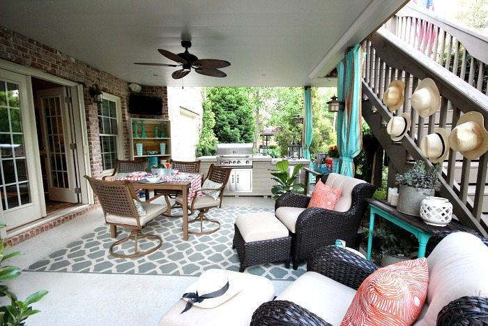 Dining, grilling and chilling - No sew outdoor curtains and Outdoor Entertaining Easy and Affordable at Refresh Restyle