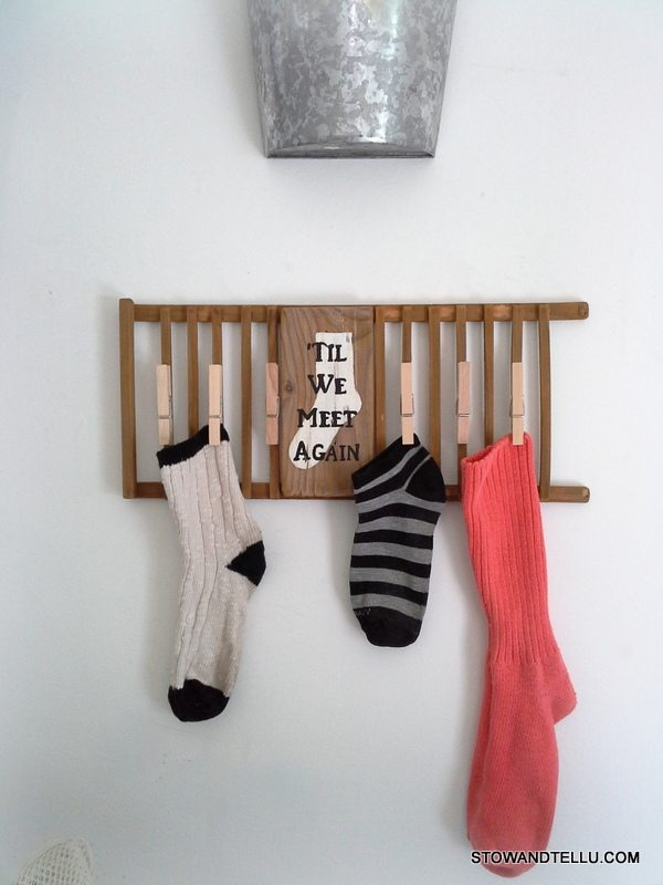 Show and Tell U missing-lost-sock-laundry-sign