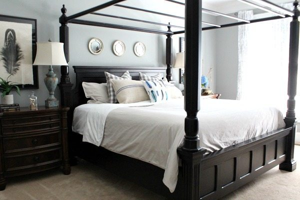 Blues and grays for a calming master bedroom at refreshrestyle.com