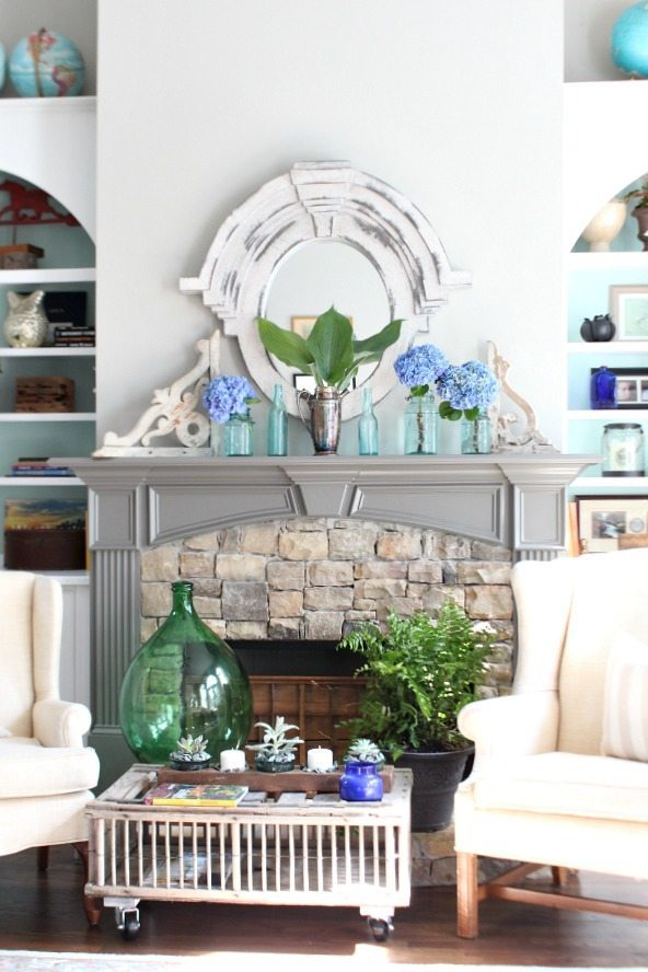 Hydrangeas and greenery perfect for your summer home decor at Refresh Restyle
