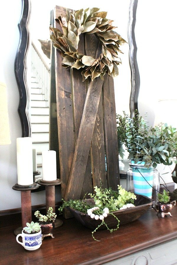 Nature inspired entry decor for summer at Refresh Restyle