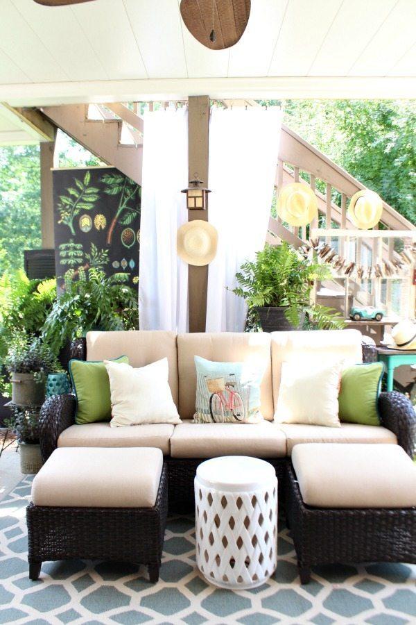 Summer patio make it feel like an inside room at refreshrestyle.com