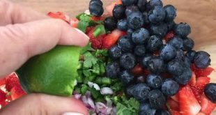 fresh strawberry blueberry salsa recipe
