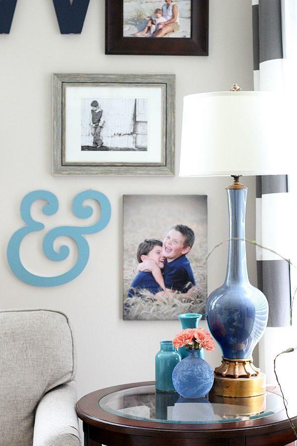 Family-Room-Gallery-wall-idea