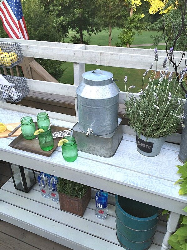 Potting or serving area - Dining -Rustic farmhouse serving area idea - Made from a pallet - outdoor potting table serves as buffet or drink service area