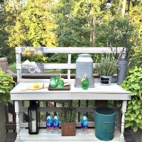 Rustic Farmhouse Pallet Project - Dining -Rustic farmhouse serving area idea - Made from a pallet - outdoor potting table serves as buffet or drink service area