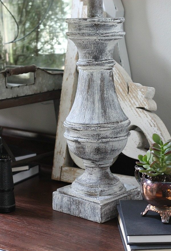 Love the distressed lamp base with instructions on how to do it.