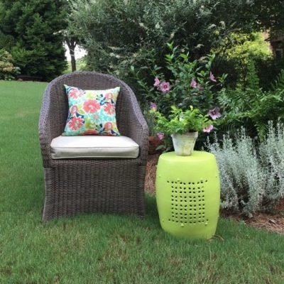 Garden Stool Makeover – Outdoor Paint