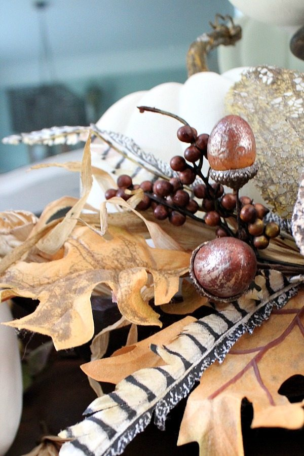 White pumpkin idea for fall at Refresh Restyle