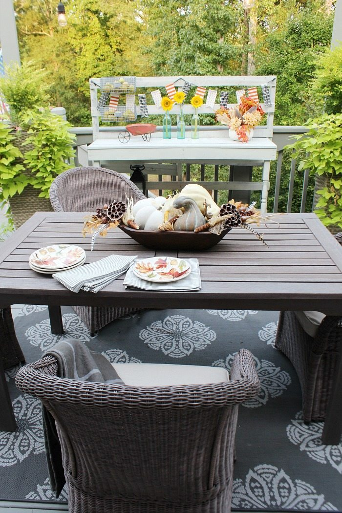 back-porch-dining-with-a-sprinkle-of-fall-decor-at-refresh-restyle