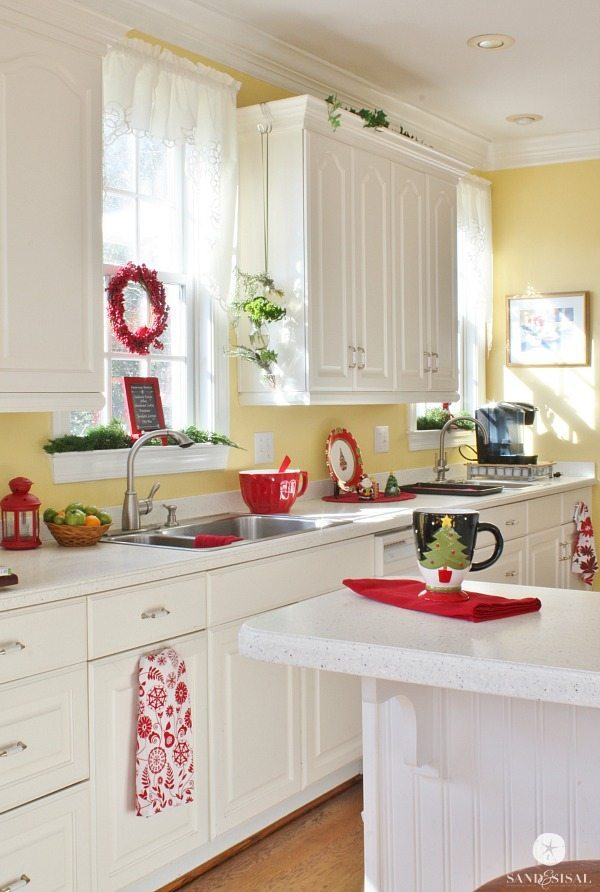 Sand and Sisal, Christmas in the Kitchen