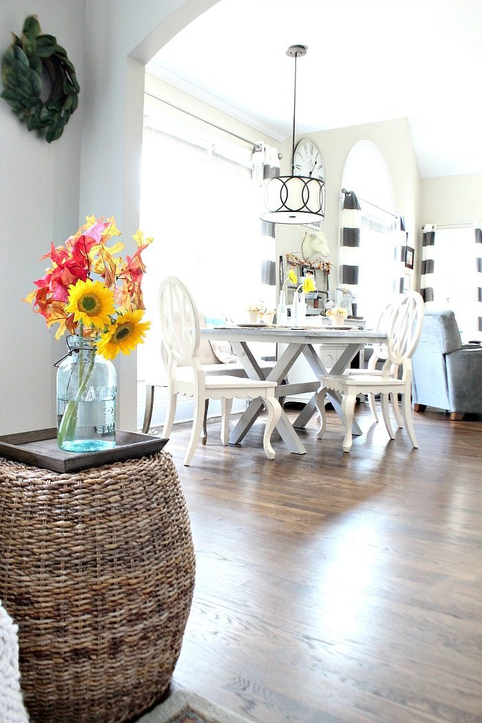 simple-fall-decor-neutrals-with-sunflowers-and-white-pumpkins-at-refresh-restyle