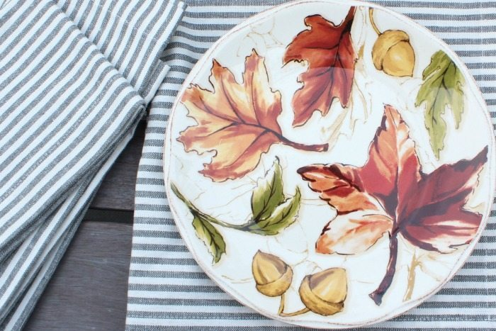 striped-napkins-and-fall-plates-great-for-dessert-or-salad