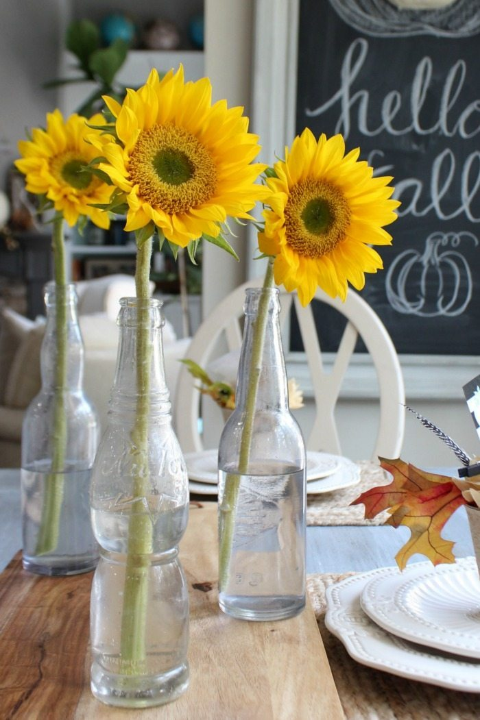 sunflowers-just-say-fall-simple-neutral-ideas-for-fall-home-decor-at-refresh-resytle