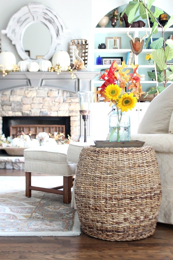 white-pumpkins-sunflowers-in-mason-jars-perfect-a-neutral-fall-home