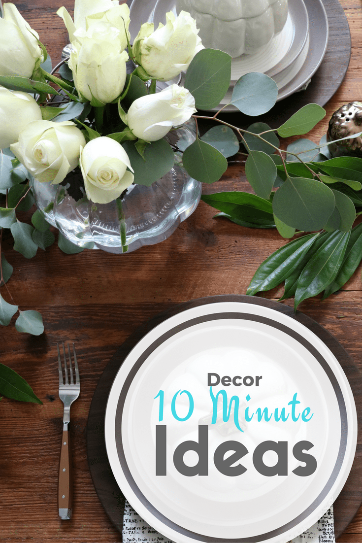 10-minutedecorideas create a vase out of a pumpkin - perfect for a low profile table arrangement