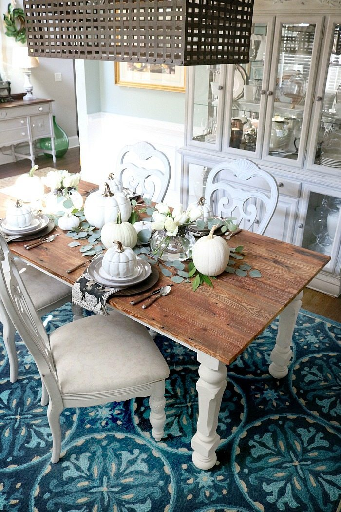 barn-wood-table-with-neutral-setting-white-pumpkins-and-hints-of-copper