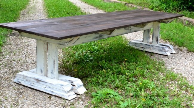 Ella Claire, Farmhouse Tables