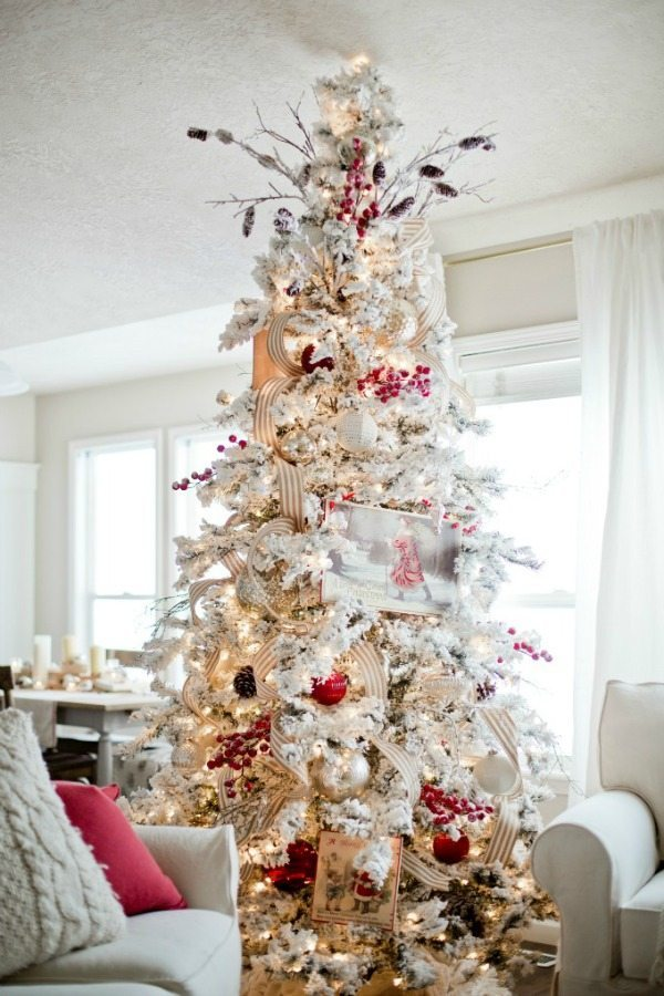 Ella Claire, Gold and Silver Christmas Tree Ideas
