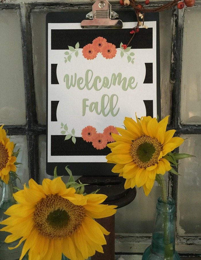 fall-decor-keep-it-simple-with-sunflowers-and-free-art