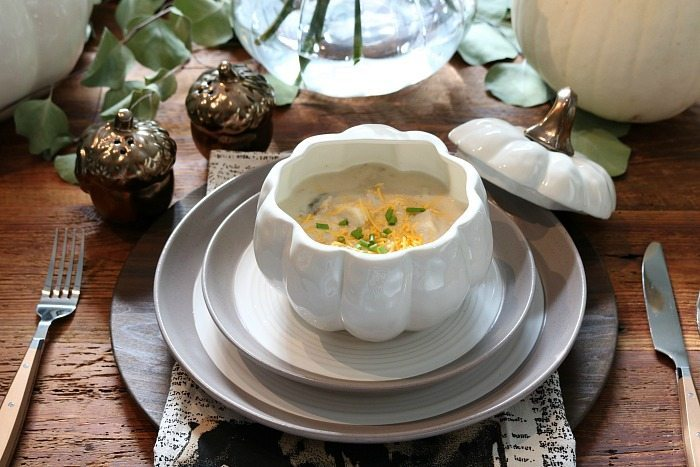 farmhouse-table-setting-potato-soup-in-a-cute-pumpkin-soup-bowl