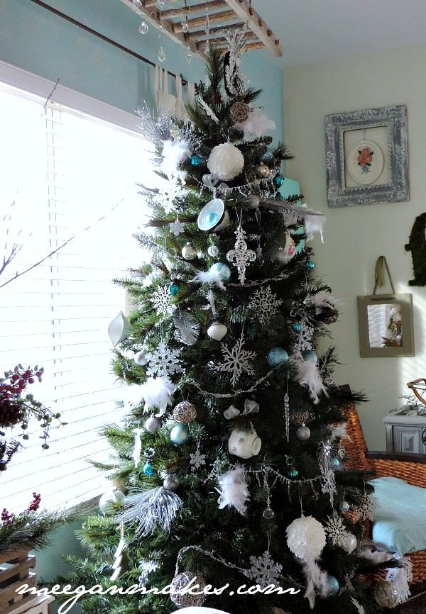 Meegan Makes, Blue Christmas Tree Ideas