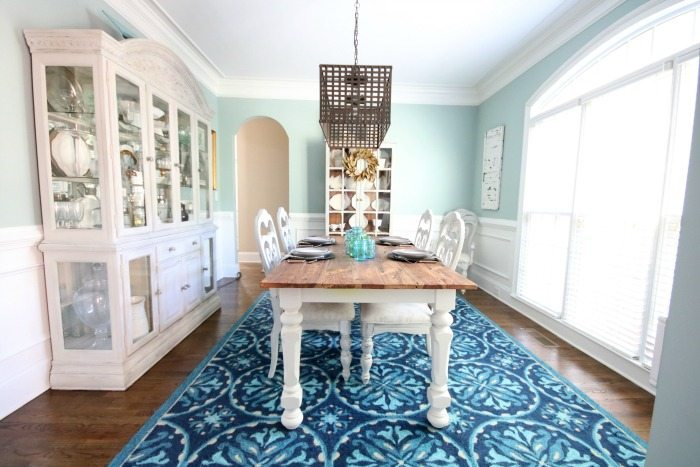painted-furniture-looks-great-with-the-blue-walls-and-that-rug