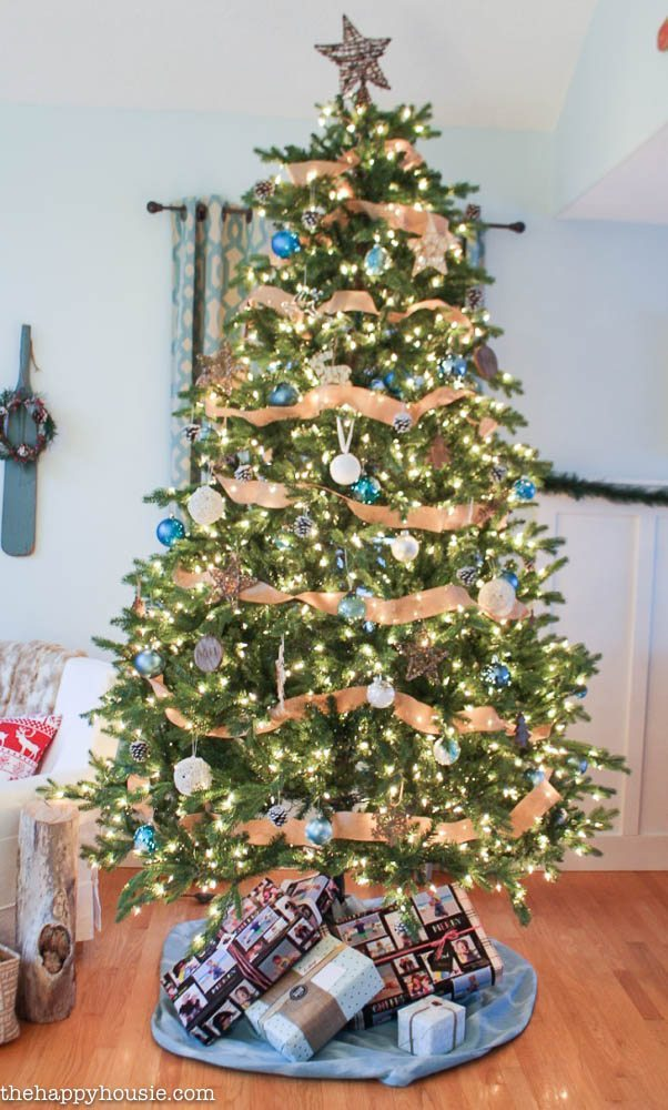 The Happy Housie, Blue Christmas Tree Ideas