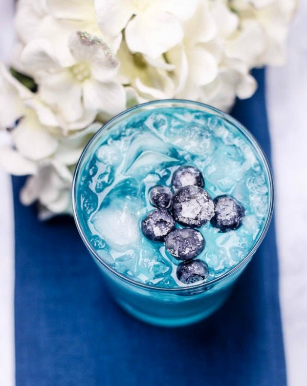 Blue Whiskey, Easy Cocktail Recipes via Refresh Restyle