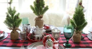 Buffalo check farmhouse Christmas table